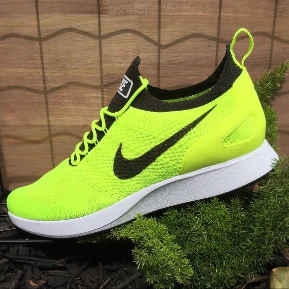 Nike Zoom Mariah Flyknit Racer Volt